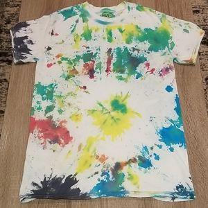 Tie dye. T-Shirt.